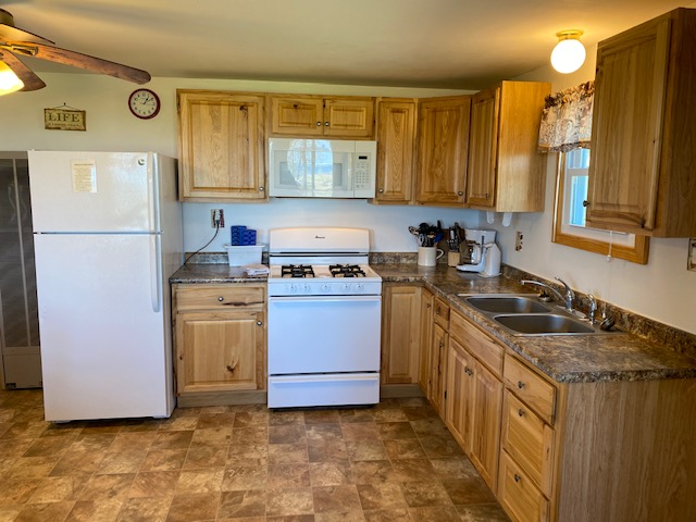 6-kitchen_entry